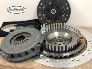 Landrover to OM606 Clutch & Adapter Kit